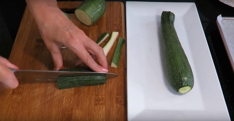 Gustare Delicioasă și Apetisantă Gata în 5 Minute: Cea Mai Delicioasă Gustare Din Dovlecei